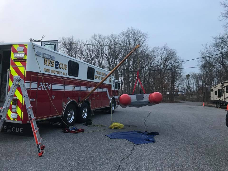 Company 2 Members train with New Rescue and Paratech Mono-pod system!